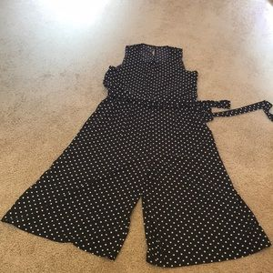 NWT! Vince Camuto Size 14, cropped jumpsuit